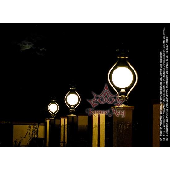 Small Lighting Post O1 GLOBE 400